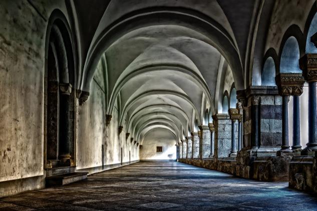 monastery-3130879_1920